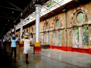 Platform 1, Chhatrapati Shivaji Terminus (Photo credit: Maria)