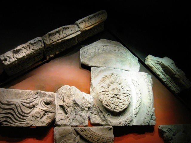 Reconstruction of the remains of the Temple of Minerva. These are the only discovered parts that made up the pediment of the entrance to Temple.