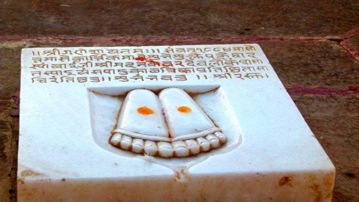 Hindu Cenotaphs, Chhatris, Rajasthan, Travel, Bikaner, Devi Kund Sagar