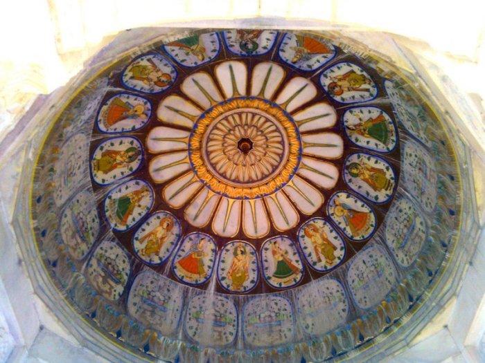 Royal Hindu Cenotaph, Bikaner, Devi Kund Sagar, Rajasthan, Travel