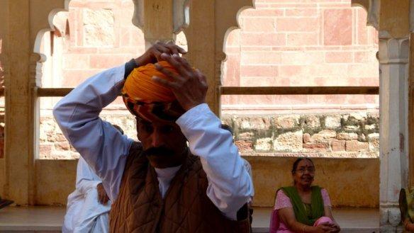 How to Tie a turban, Mehrangarh Fort, Jodhpur