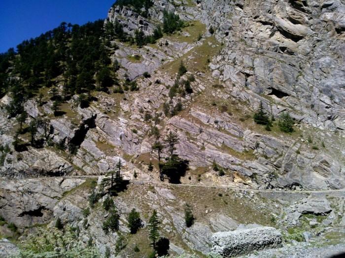 Himachal Pradesh, Kalpa Roghi road, Schists, Himalayan Geology
