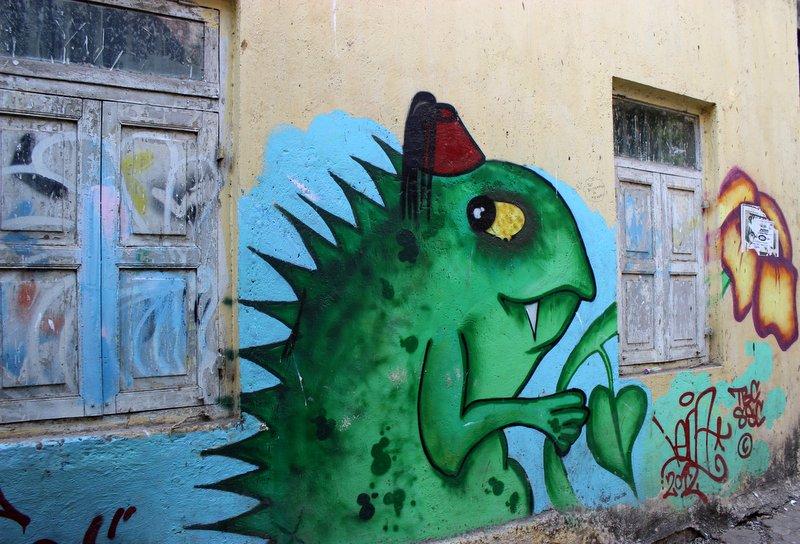 Street Art Chapel Road Bandra Mumbai & Bandrau0027s street art: A fantasy world at Chapel Road u2013 My Favourite ...