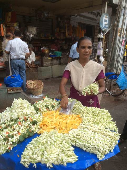 Flower seller, Matunga, Mumbai