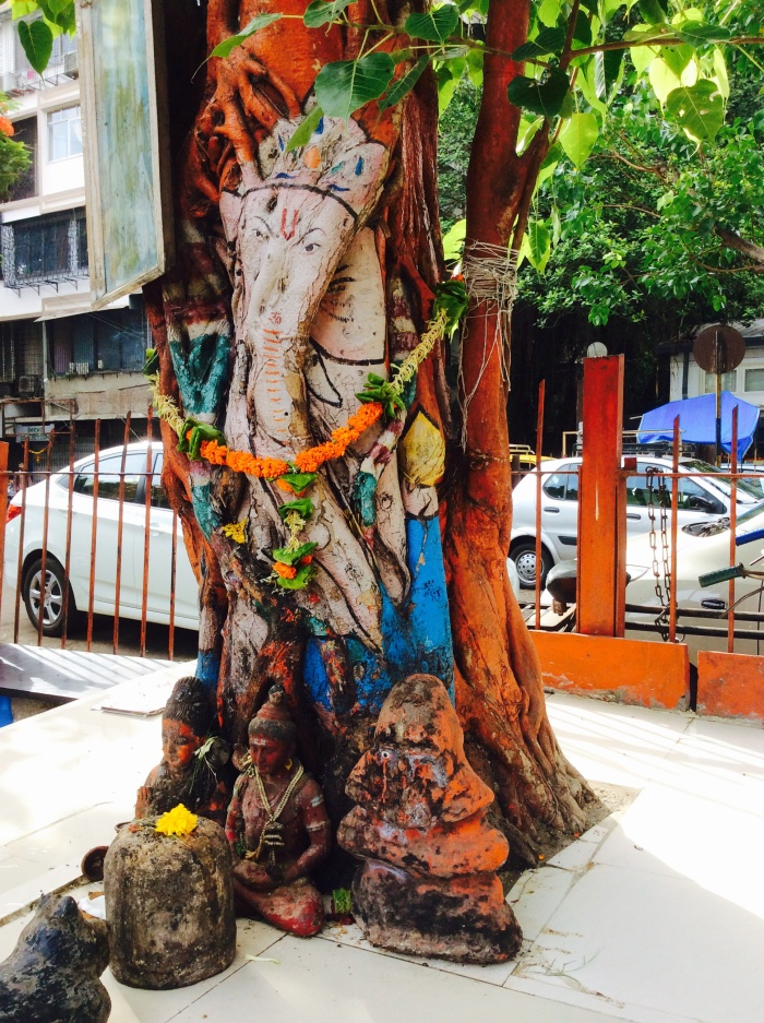 Roadside shrine, Mumbai, Matunga, Ganesha