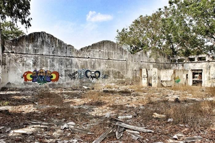 Graffiti, street art, Reay Road, Mumbai, abandoned warehouse