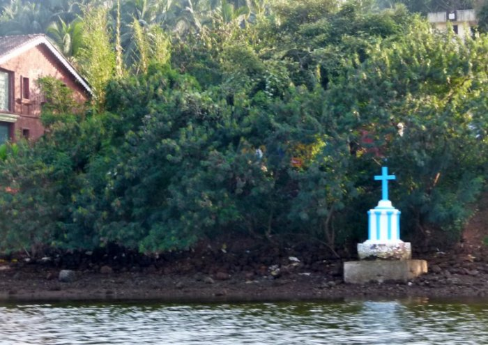 Aldona, Corjuem Fort, Noth Goa, Mapusa River, Backwater Cruise