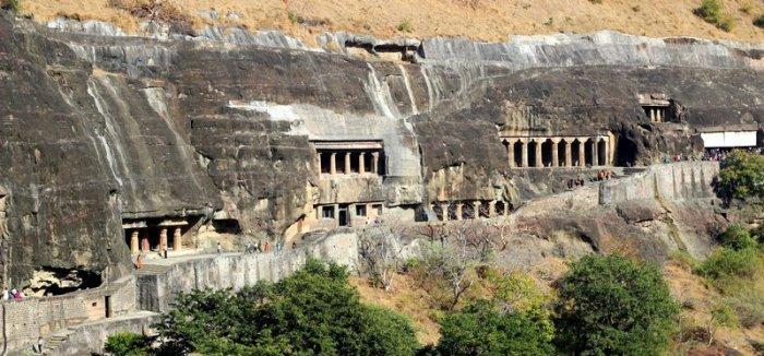 Ajanta Caves, Buddhist paintings, Murals