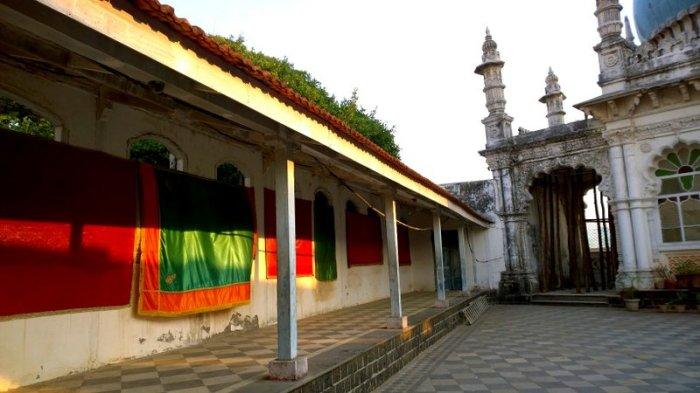 Ma Hajiani Dargah, Worli Dargah, Worli, Mumbai, Place of worship