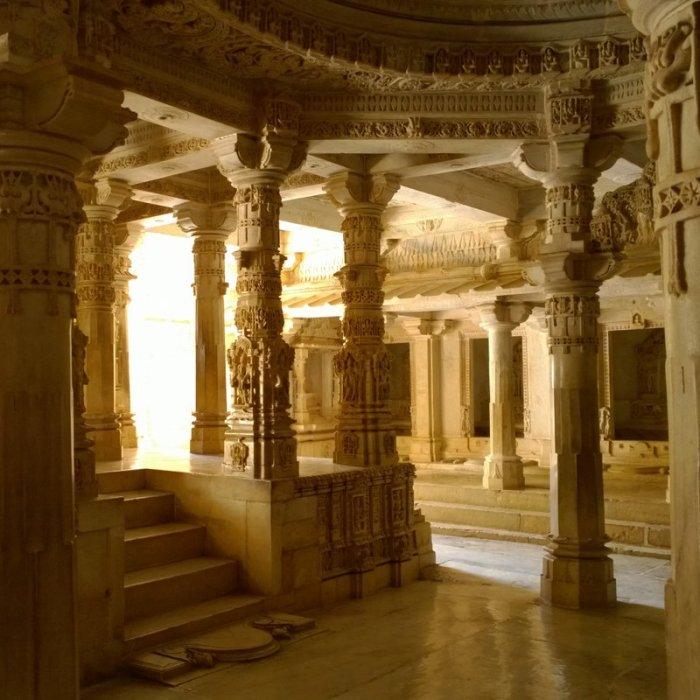 Ambaji, Kumbharia Jinalaya, Jain Temples, Gujarat, TRavel