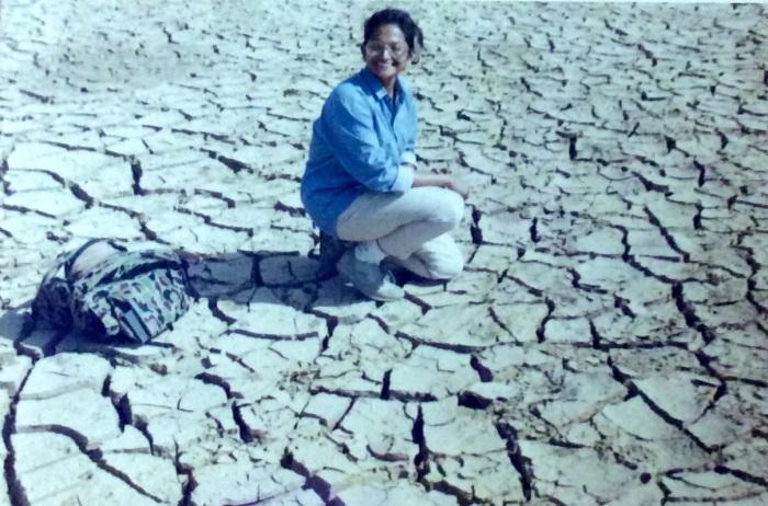 Bhuj, Smainarayan Talav, Mandvi Road, Geology field work, Summer of 1992, Sudha Ganapathi