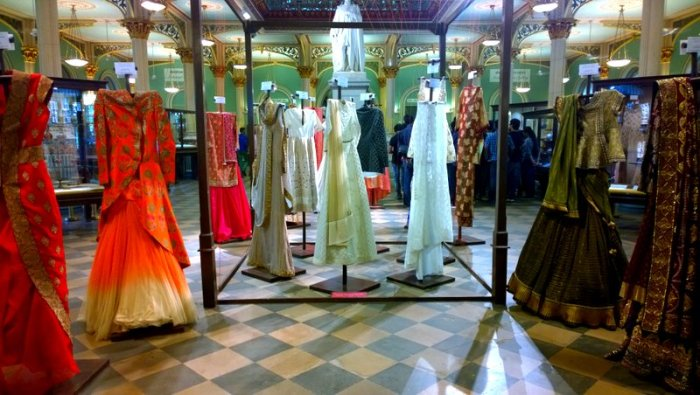 Woven Wonders of Varanasi , Make in India, Shaina NC, Bhau Daji Lad Museum, Mubai, Soecial Exhibition, Benarasi Weaves, Handlooms and Textiles