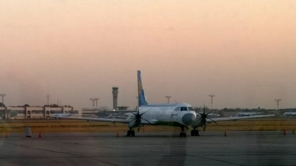 Hukus, Tashkent Domestic Airport, Propeller Plane