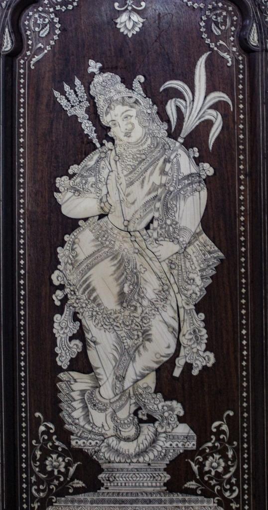 Bangalore Government Museum, Rati, Museum Treasure, Dressing Table
