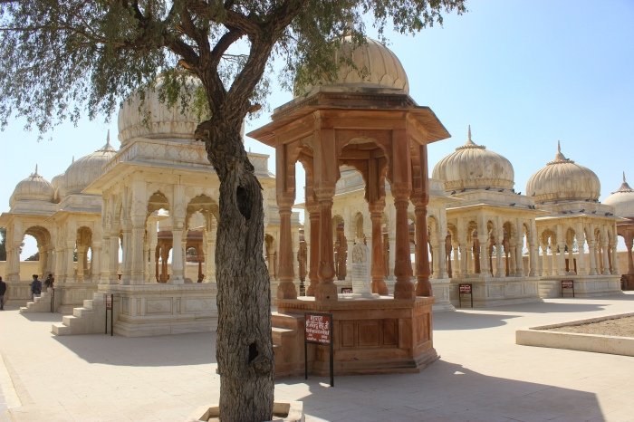 Bikaner Revisited, Royal Bikaner, Devi kund Sagar